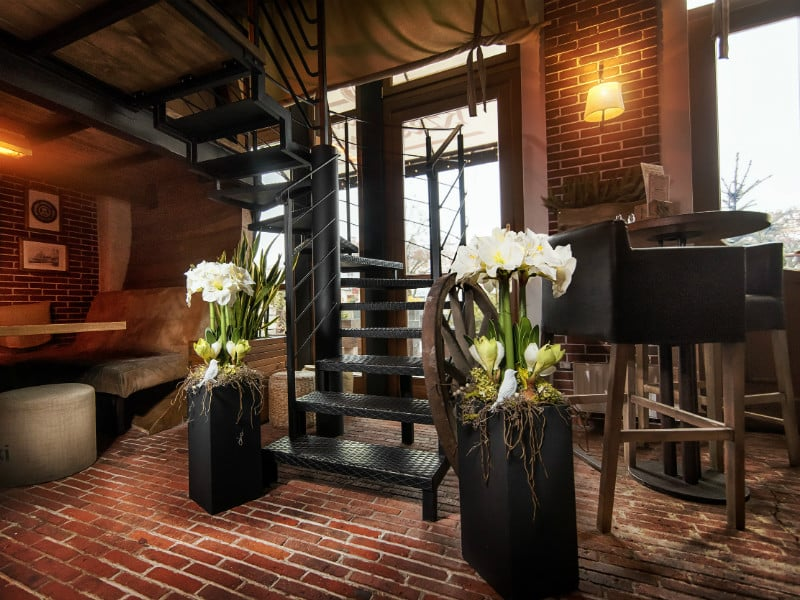 sztuczny amarylis komozycja 2017 wesela restauracje hotele biura