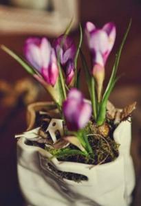 mała aranżacja kwiaty doniczka