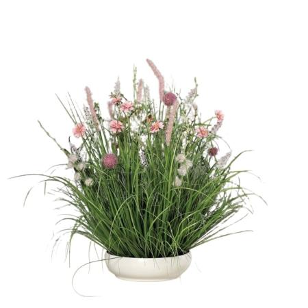 kompozycja z polnych kwiatów